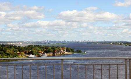 vivir en Asuncion - De Puente Remanso Aranha Pixabay