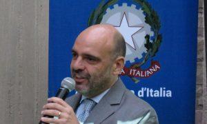 comunidad italiana - Embajador Annis En Asociación Lucani Discurso