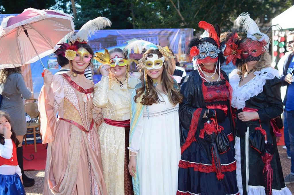 Fiesta Italiana - Trajes Tipicos