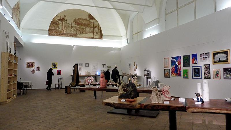 Faenza - La Galeria Cominal de Faenza con la Muestra Arte gatto Arte Fatto