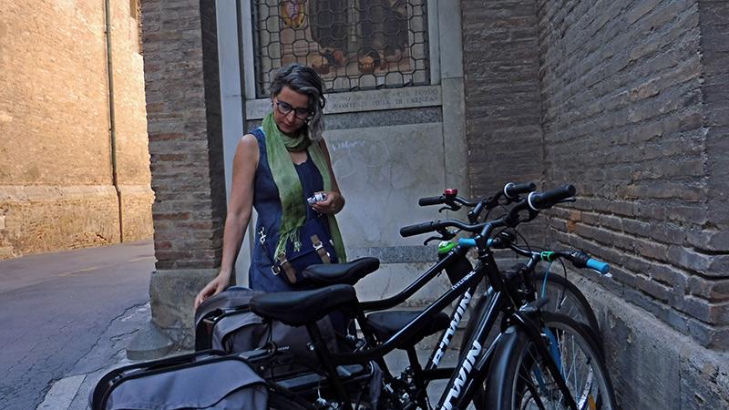 Faenza - Paola Nuovo en su cotidianidad