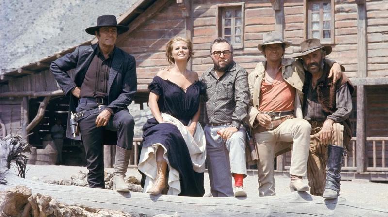 Leone - Henry Fonda Claudia Cardinale Sergio Leone Charles Bronson Jason Robards Durante Rodaje Hasta Que Llego Hora