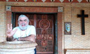 marianela - Padre Attilio Frente Al Portico