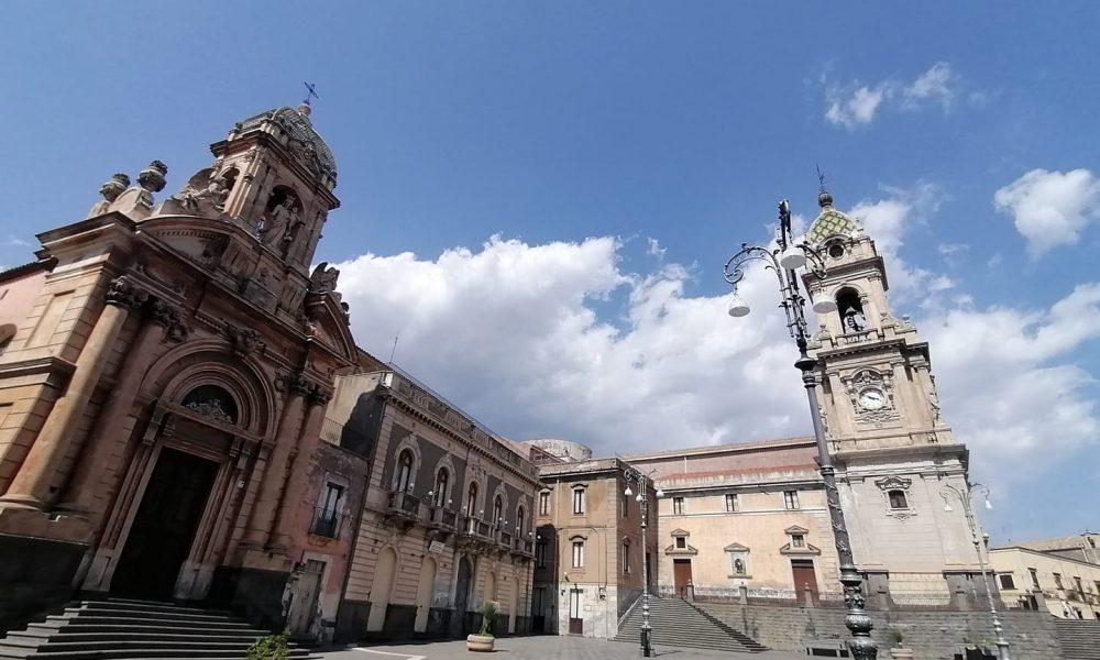 Biancavilla Piazza Roma Lato Rosario