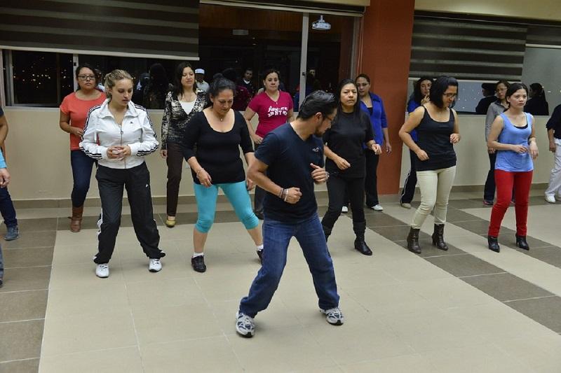 Ritmos latinos - Aprender A Bailar