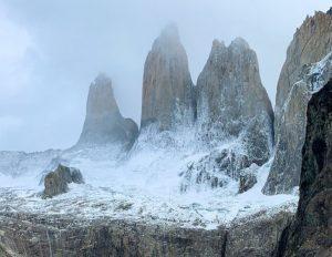 sacerdote salesiano montañas Patagonia - Sur