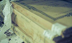 profesora incentiva la literatura italiana - Libro