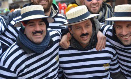 el arte de ser feliz y la música italiana - Men