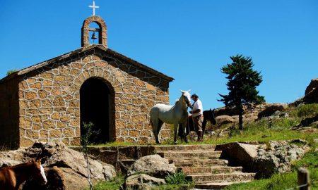 Mina Clavero - Iglesia