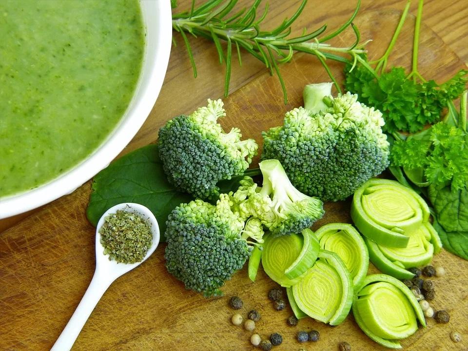 Verdure e vellutata di broccoli