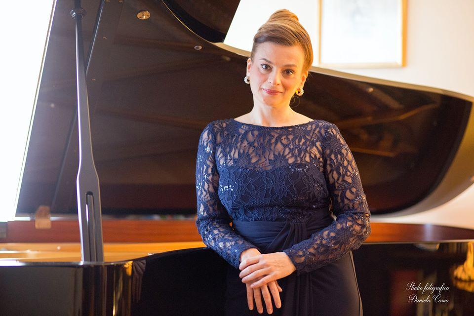 Ingrid Carbone pianista