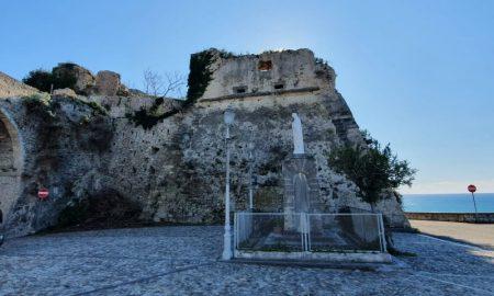 Castello San Lucido
