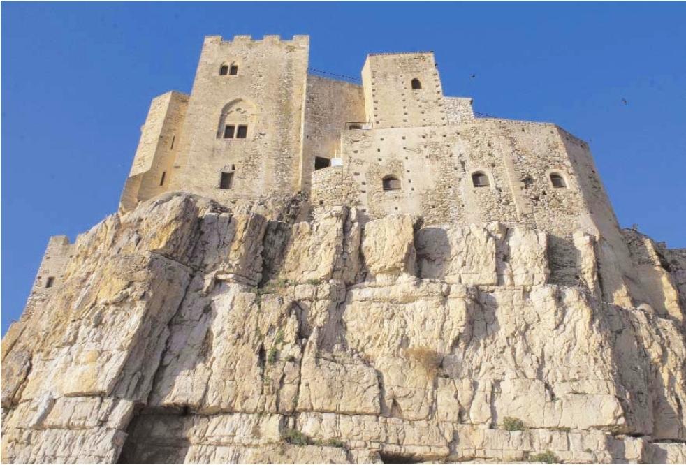 Castello roseto capo spulico