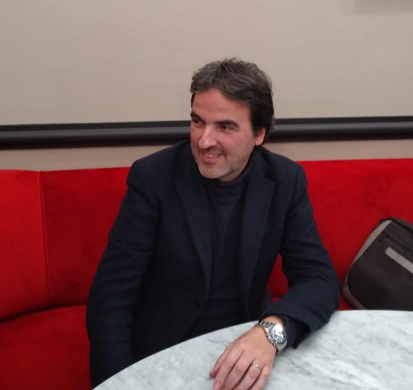 Il Pittore Roberto Mendicino