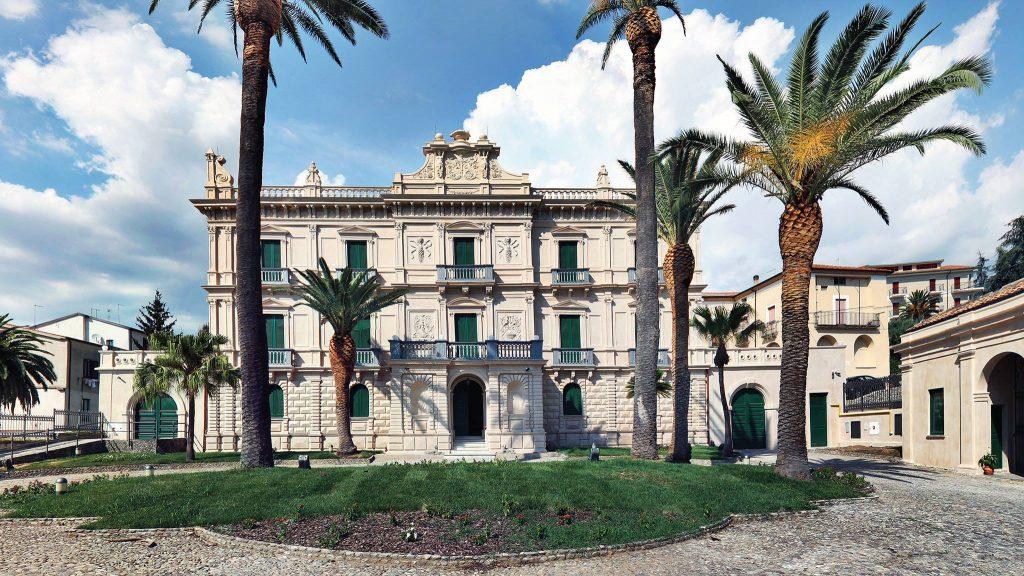 Fondazione, Villa Rendano