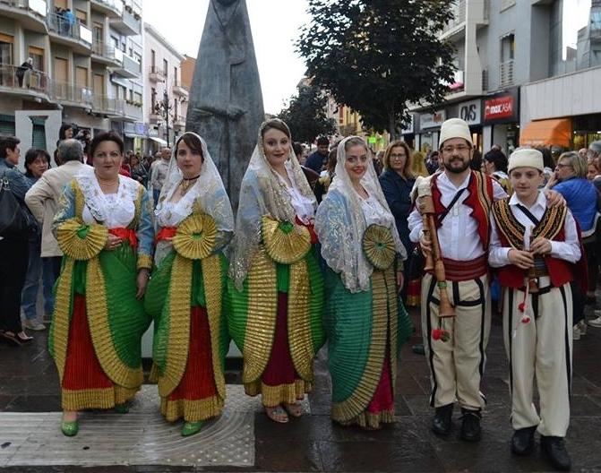 Arbereshe Costume Spezzano Albanese