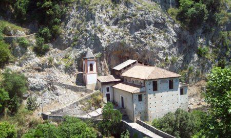 Santuario Mariano Di Papasidero