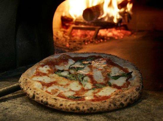La vera pizza italiana è quella al forno