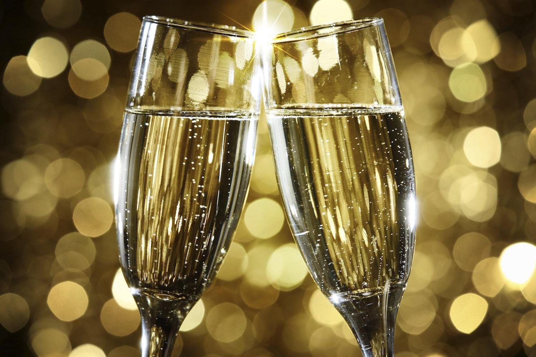 Spumante vs Champagne: le bollicine italiane conquistano la Francia!