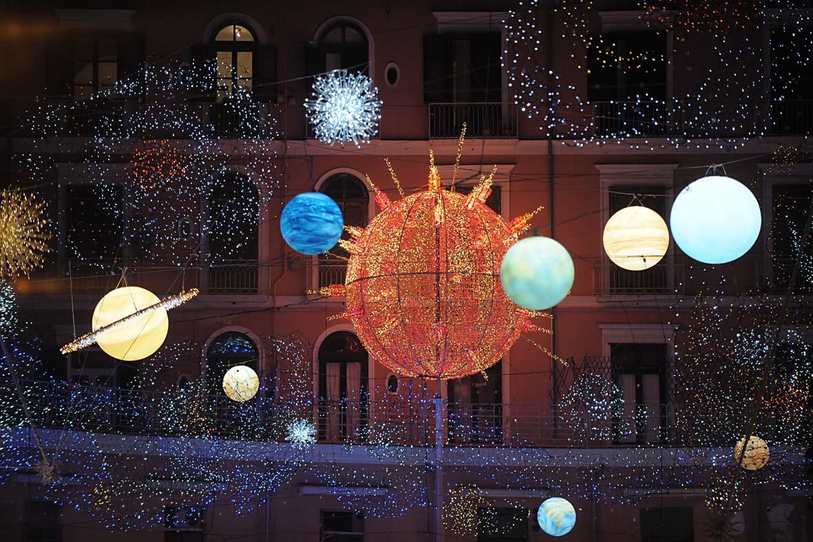 Luci d'artista: esposizioni luminose tra Torino e Salerno