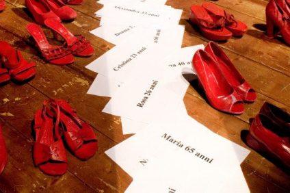 Scarpe rosse: da simbolo di amore e passione al sangue delle donne violentate