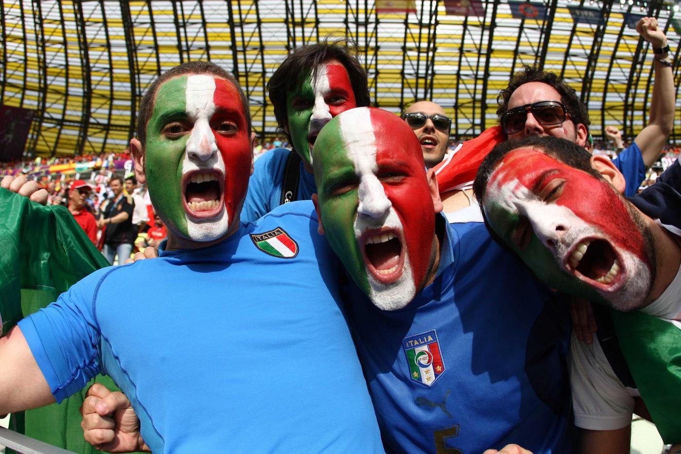 Italiani e il calcio: cinque tipologie di malati del pallone