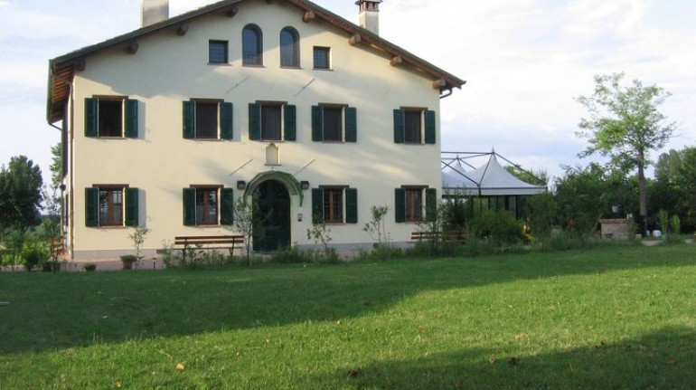 L'Agriturismo Arcadia, a San Pietro in Casale, nei pressi di Pieve di Cento,