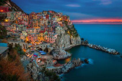 L'incanto della Liguria passa per le vie del sacro