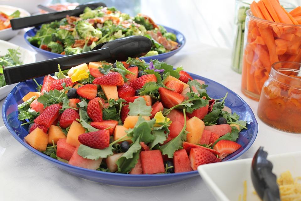 Vegetariani e vegani: in aumento gli italiani che rinunciano alla carne