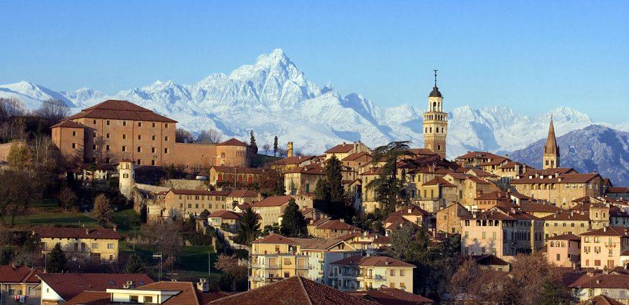 Saluzzo (CN) diventa protagonista, fino a fine Luglio, con i suoi castelli, il centro storico,