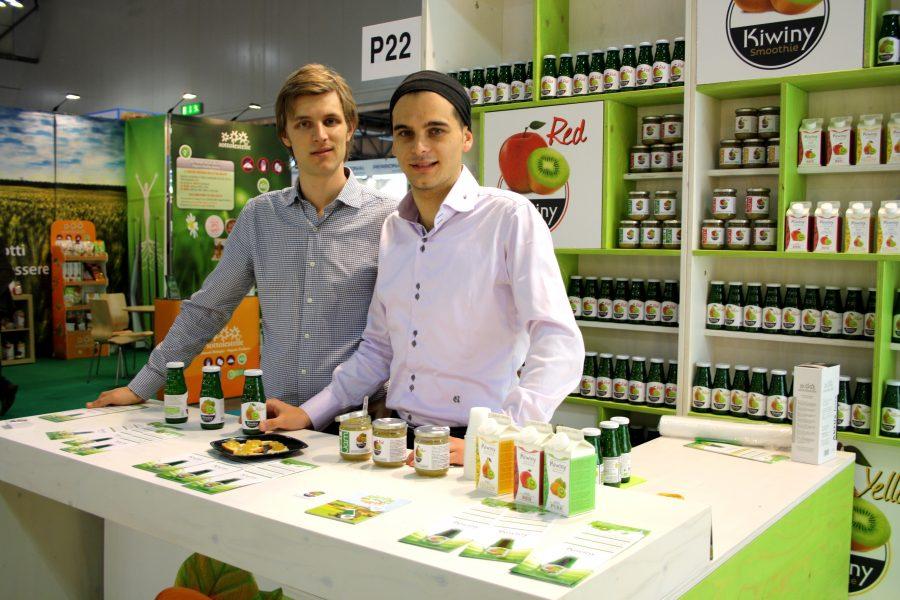 Due giovani imprenditori italiani nel mondo dell'agricoltura biologica