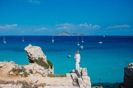 """Isola di Favignana: il luogo ideale scelto per il fatidico """"sì"""" dalle coppie straniere"""