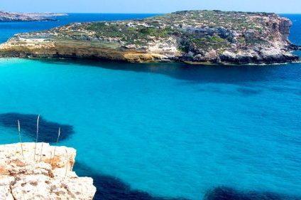 La spiaggia dei conigli di Lampedusa si conferma tra le più belle ed affascinanti al mondo