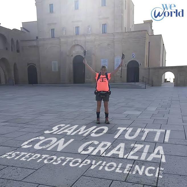 La donna ha percorso 5000 km in 120 giorni, da Santa Maria di Leuca a Santiago di Compostela