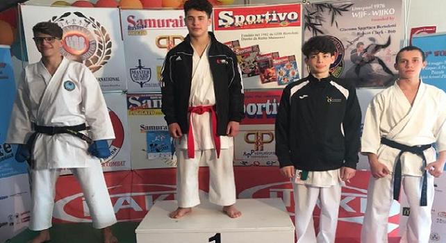 Matteo Mercuri: giovane atleta lametino domina il palcoscenico nazionale ed internazionale di karate con le sue vittorie