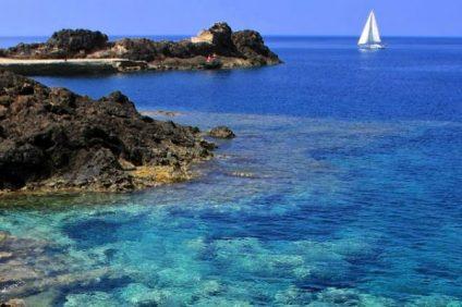 Ustica ed il fascino del mare cristallino