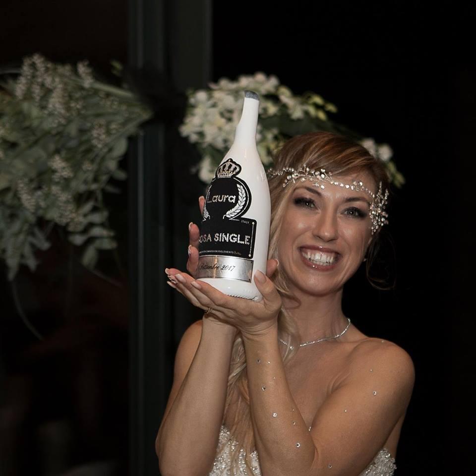 Laura Mesi: la prima sposa single d'Italia