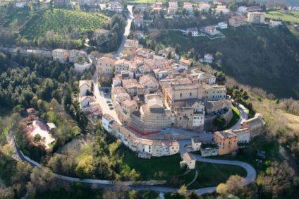Viaggio alla scoperta delle cantine dei Castelli di Jesi