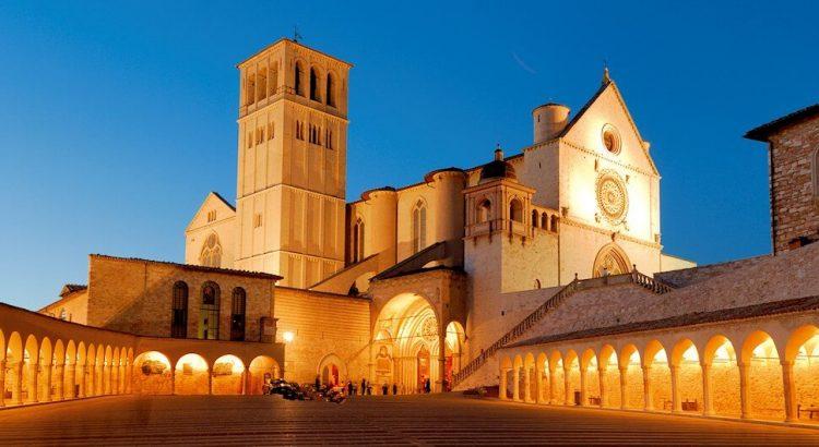 Un percorso turistico e culturale nella città di Assisi