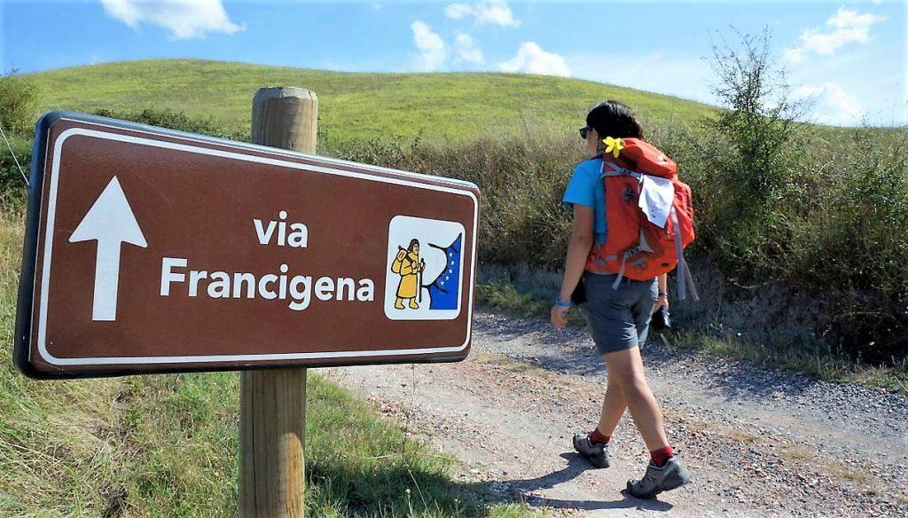 La Via Francigena: uno dei sentieri dell' Atlante dei cammini d'Italia