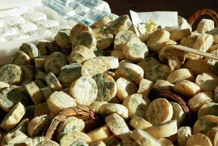 Tra le prelibatezze locali, è possibile sia degustare che acquistare prodotti territoriali di montagna