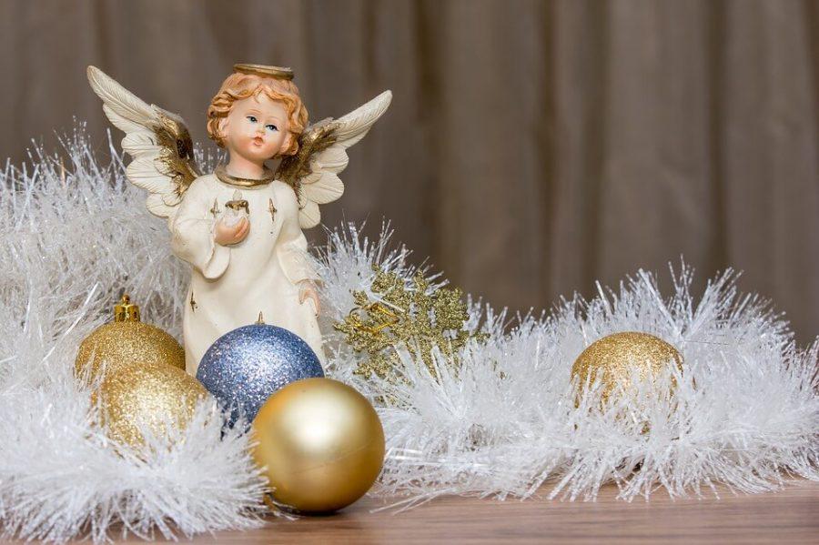 Tra gli espositori presenti nei mercatini natalizi vi sono articoli in legno, sinonimi di tradizione e qualità topiche dell'artigianato locale.