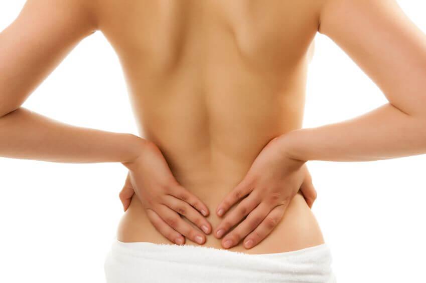 Secondo i dati della British Chiropractic Association, i mal di schiena tra gli adolescenti, prima rarissimi, negli ultimi anni sono raddoppiati