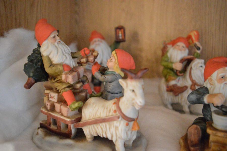 Il bosco incantato del Villaggio di Natale Flover è abitato da nove gnomi,
