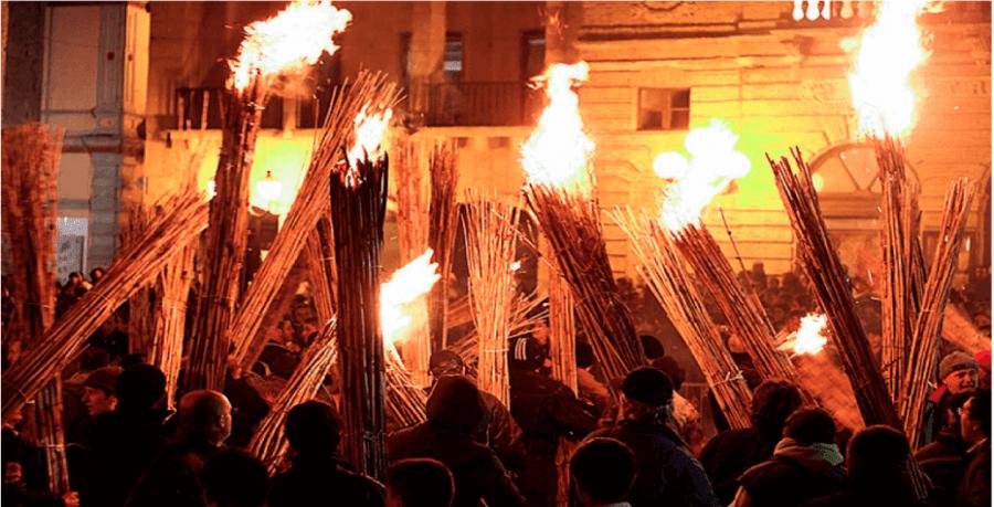In Abruzzo, Puglia e nelle Marche, si mantiene ancora viva l'usanza dei fuochi e dei faugni.