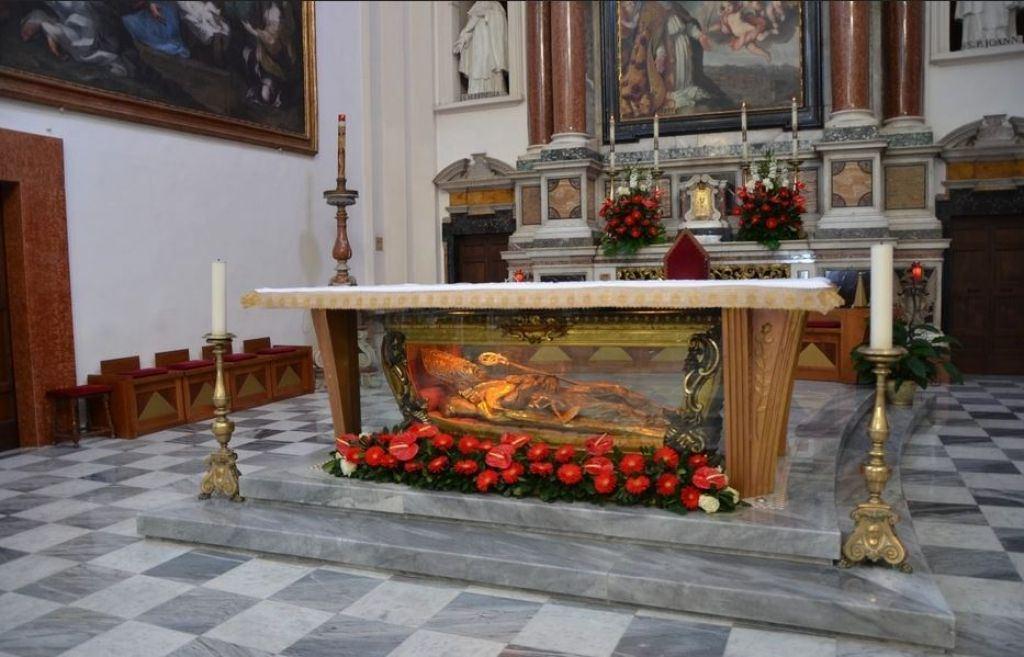 La scultura raffigurante San Valentino, presente nella magnifica Basilica di Terni