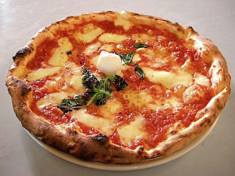 La pizza Margherita nella sua ricetta originale
