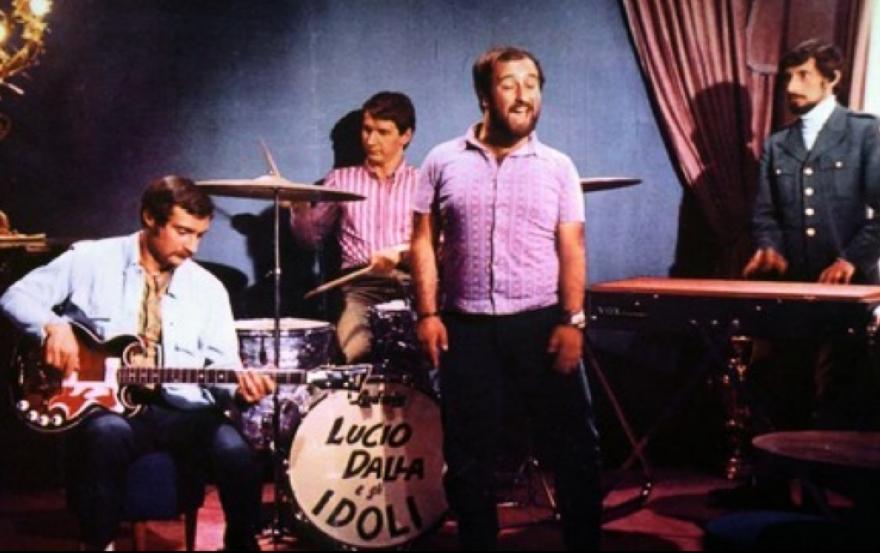 Gli Idoli accompagnano Lucio Dalla nel 1967