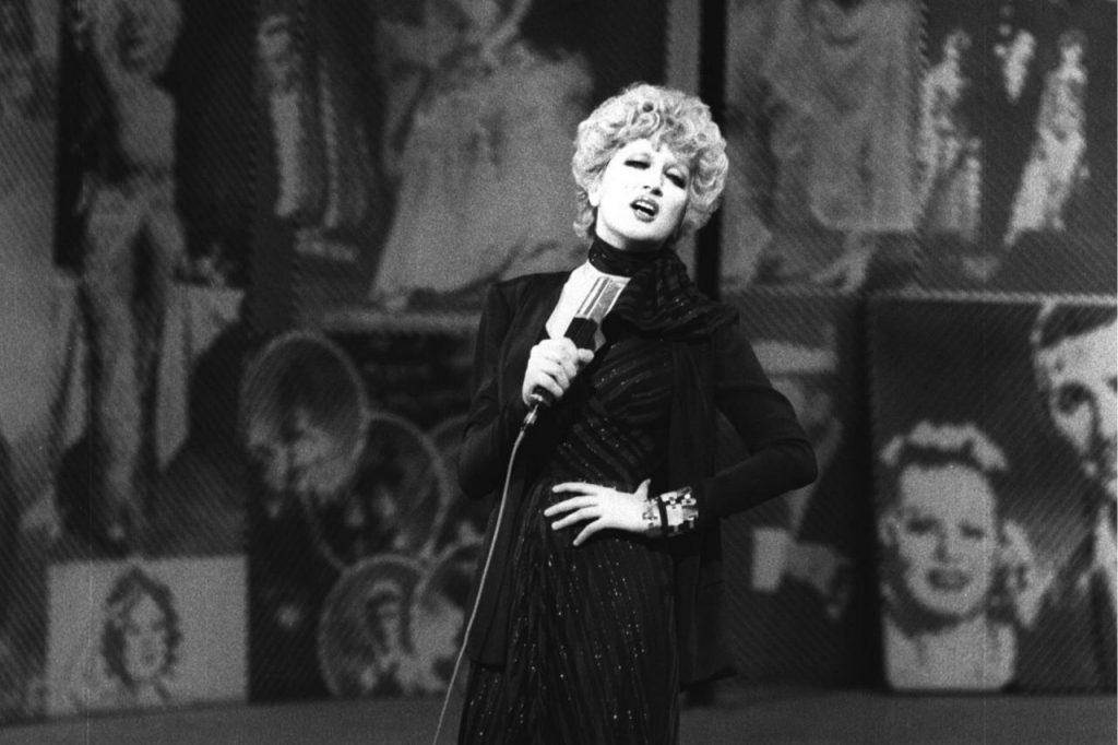 Mina nel 1974: una diva dal fascino indiscutibile