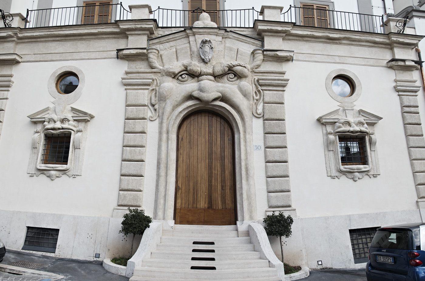 Facciata di Palazzo Zuccari